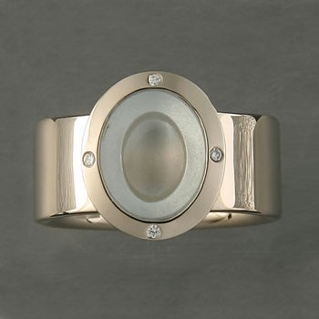 Concave Cabochon Ring